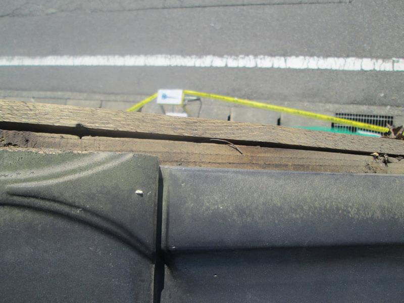 袖瓦の内側による雨漏り2